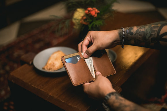 Lost Dutchman Leather Vertical Bifold Wallet